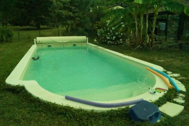 Maison familiale avec piscine dans le sud ouest de home for Camping sud france avec piscine
