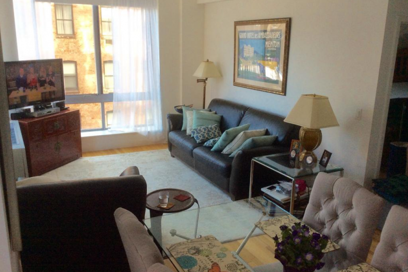 Manhattan Stylish 2 Bedroom Apartment In Heart Of Home For Exchange
