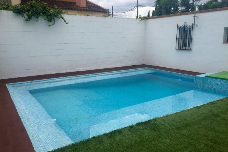 Great house in seville with swimming pool in a home for - Swimming pool seville ...