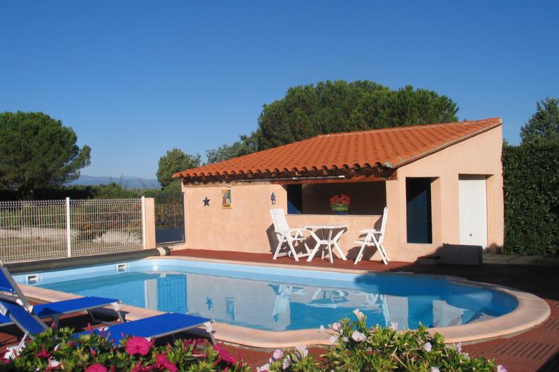 Belle villa avec piscine privee proche mer classee home - Villa piscine privee ...