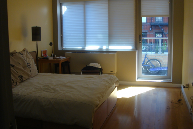 Manhattan new york sunny one bedroom apartment home - 1 bedroom apartment in east new york ...