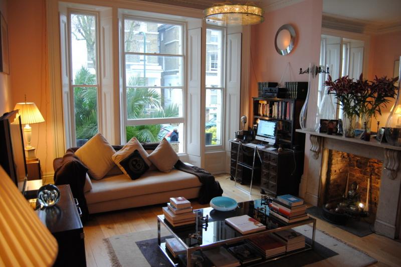 Stunning One Bedroom Apartment In Queens Park, 10