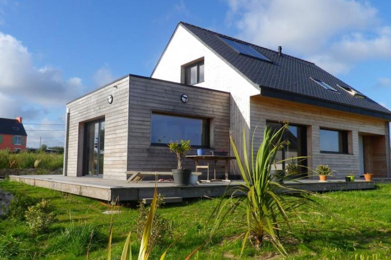 maison cologique en bois en bord de mer home for exchange. Black Bedroom Furniture Sets. Home Design Ideas