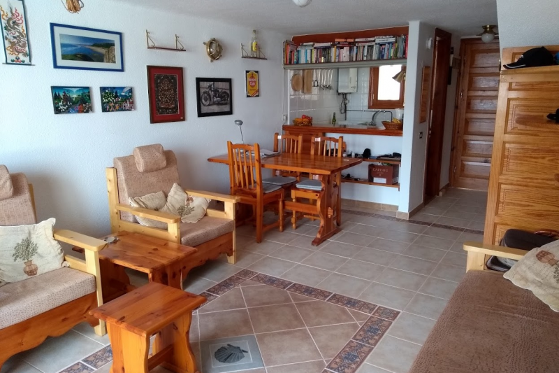 One bedroom apartment in a well maintained complex | Home ...