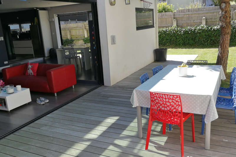 maison bord de mer en bretagne sud home for exchange. Black Bedroom Furniture Sets. Home Design Ideas